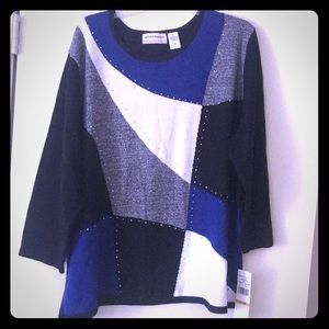 NWT lightweight sweater